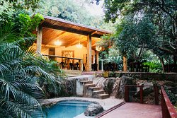 Serenity Mountain and Forest Lodge