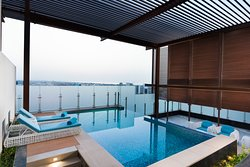 4 Bedroom Apartment Private Pool