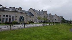 Beautiful hotel set in fabulous surrounds
