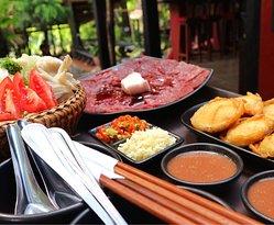 Dyen Sabai Restaurant