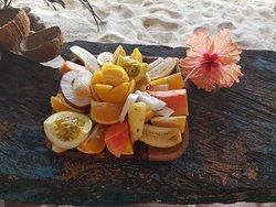 Frutta fresca in riva al mare