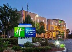 Holiday Inn Express & Suites Fremont Milpitas Central
