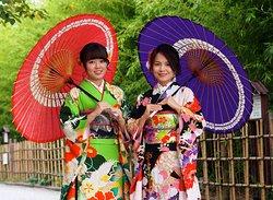 Kimono Rental Asakusa Aiwafuku