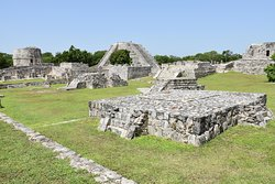 Mayapán Archaeological Zone