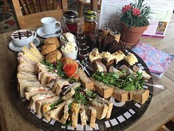 Afternoon Tea for 4 people