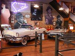 Karlocks Kars and Pop Culture Museum