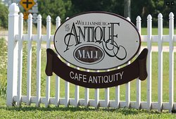 ‪Williamsburg Antique Mall‬