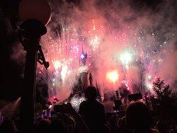 Le super spectacle du soir devant le chateau