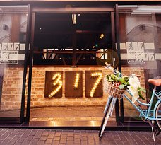 Restaurant 317