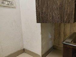 Fake hotelier photos of property