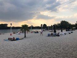 Sundown Beach Club