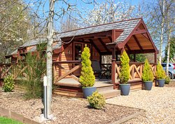 Fairswood cedar lodge is sited by managed woodland, beautifully equipped for two adults.