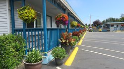Mermaid Inn & RV Park
