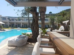 Wow Amazing Resort