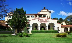 Hotel Gloria Resort & Convention