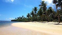 Playa espectacular, para disiaca y con zonas solitarias