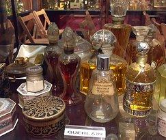 Museo del Perfume (Museum of Perfume)