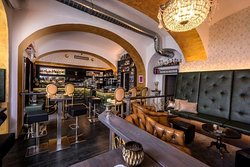 Josef - Cocktail Bar