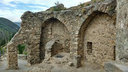Les Quatre Chateaux de Lastours Tours