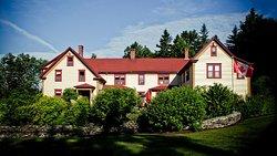 Dominion Hill Country Inn & Retreat Centre