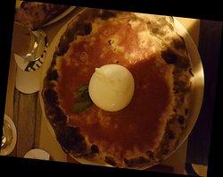 Ottima pizza napoletana