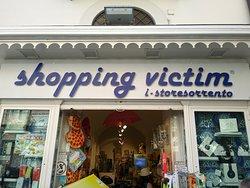 Shopping Victim Sorrento