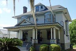 Knott House Museum