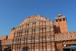 Quite the roadside view of Hawa Mahal