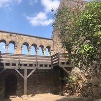 Arkaden des Palas
