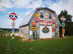 Bob's Gasoline Alley