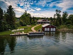 Boathouse Vineyards