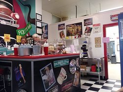 Miss Dot's Diner & Sweet Shop