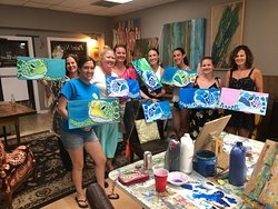 Hang 12 Art Gallery & Classes
