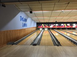 DeLuna Lanes Bowling Center