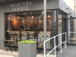 ‪Quarters Coffee‬