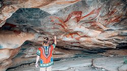 Travel Tip: Explore Laas Geel and its remarkable cave paintings dating back 9,000 years BC.  🌍Laas Geel, Somaliland