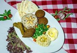 Halal Carnes Y Restaurante
