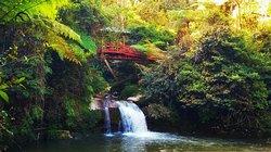 Parit falls