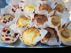 Housemade cheesecakes- Vanilla bean, white choc & raspberry, butterscotch, milk choc