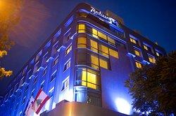 래디슨 블루 마르티네즈 호텔, 베이루트