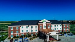 Holiday Inn Express Hotel & Suites Pampa