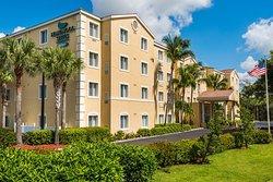 Homewood Suites by Hilton - Bonita Springs