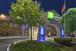 ‪Holiday Inn Express Benton Harbor‬
