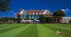 ‪Chewton Glen Hotel & Spa‬