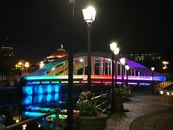 ボートキーの魅惑的な夜
