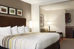Country Inn & Suites by Radisson, Dearborn, MI