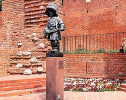 Statue of the Little Insurgent