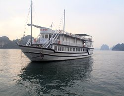 Legacy Cruises Day Tours