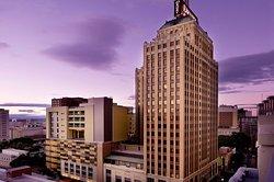 Drury Plaza Hotel San Antonio Riverwalk