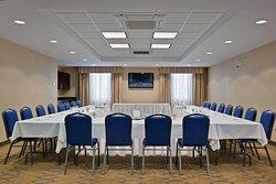 Holiday Inn Express & Suites Kincardine